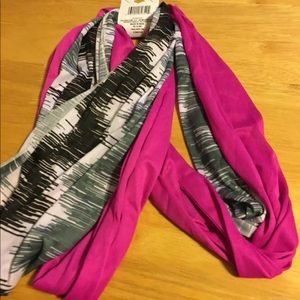New Womens 2 Infinity Scarves Pink